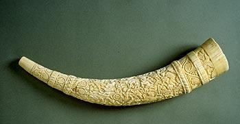 2 gammel Horn udskaaren af Elphenbeen
